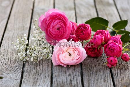 mazzo romantico con rose rosa