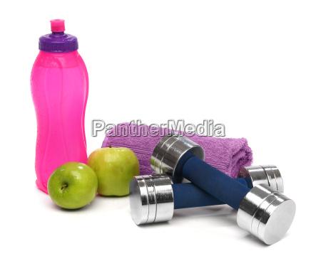 concetto di fitness con una bottiglia