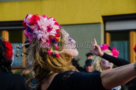 donna nel carnevale