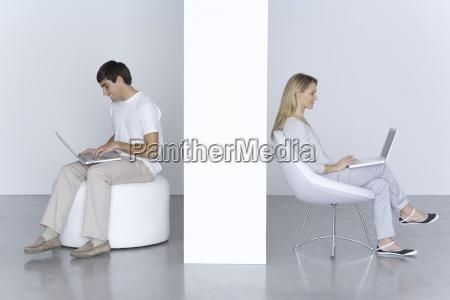 donna portatile computer donne uomini uomo