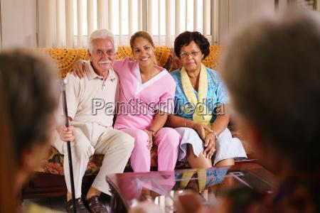 donna persone popolare uomo umano paziente