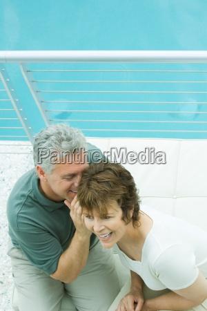donna risata sorrisi donne uomini uomo