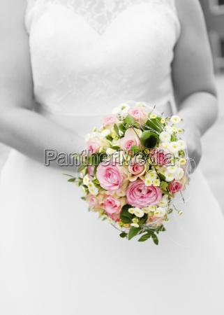 abito da sposa bouquet da sposa