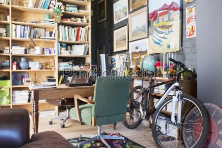 casa costruzione ufficio libro scrivania studio