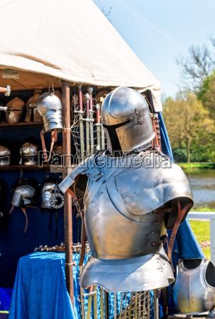 combattimento guerra proteggere cavaliere spada arma