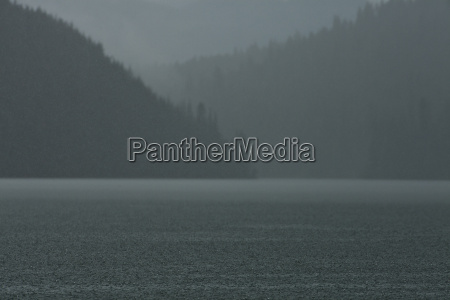 bowron lake provincial park