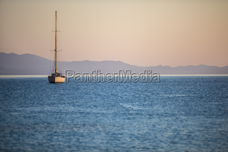 viaggio viaggiare traffico europa acqua mediterraneo