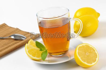 black tea with lemon