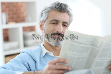 giornale tageblatt persone popolare uomo umano