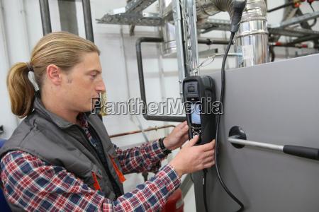 artigiano macchinario misura potenza elettricita energia
