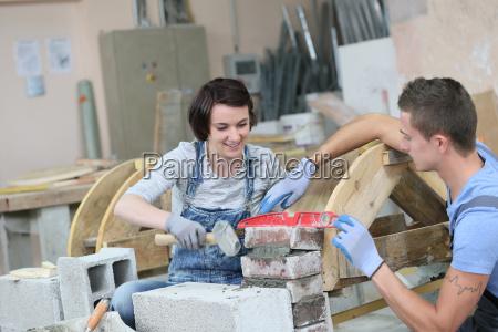 giovani in formazione professionale artigianale