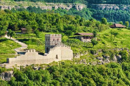 resti di una vecchia fortezza