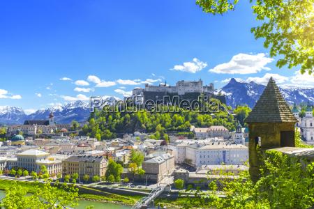 citta alpi austria citta vecchia europa