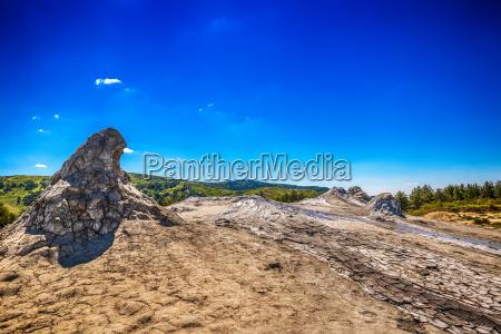 attivo sporcizia cratere fango romania vulcano