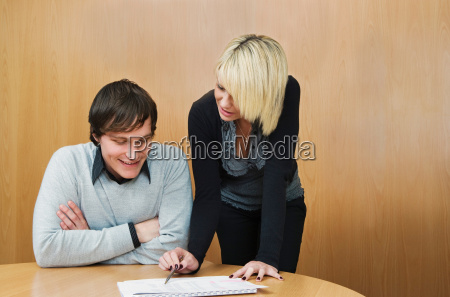young woman mentoring colleague