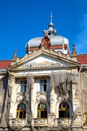 historic architecture in oradea