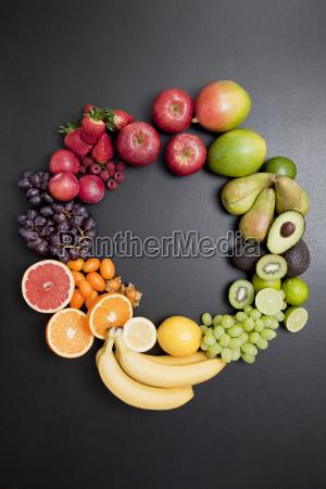 natura morta cibo benessere uva frutta