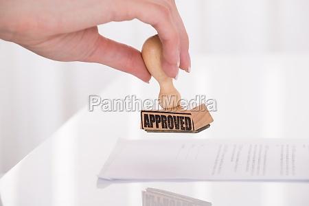 certificato legale timbrare permettere comprovato testato