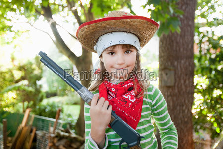 girls dressed up as cowgirl