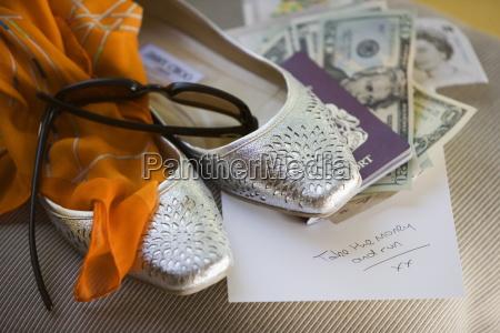 dollaro dollari scrivere viaggio viaggiare interno