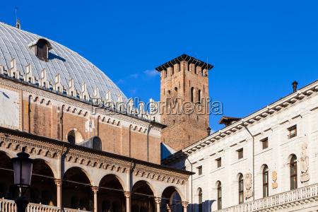blu torre viaggio viaggiare citta turismo