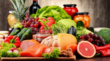 gli alimenti biologici tra cui verdure
