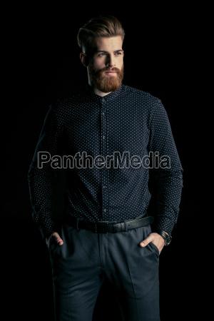 elegante, bell'uomo, barbuto, in, piedi, con - 20508515