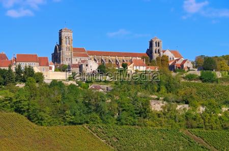 religione chiesa citta pietra sasso cattedrale