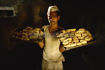 persone popolare uomo umano cibo pane