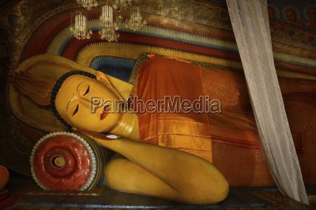 reclining buddha subodharama temple dating from