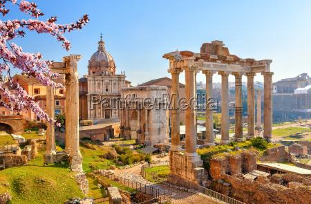 viaggio viaggiare storico chiesa tempio citta