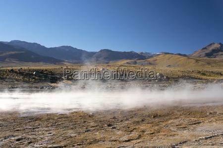 geyser di sol de manana salar