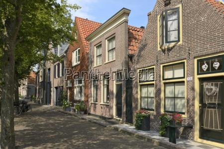 strada di case olandesi individuali uniche