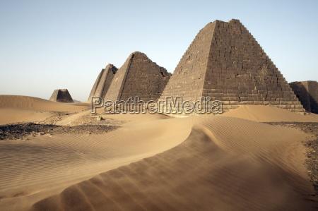 viaggio viaggiare storico monumento colore deserto
