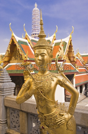 temple of the emerald buddha wat