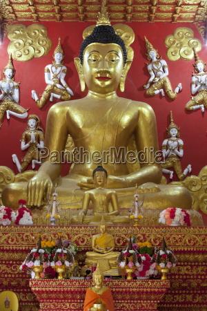 buddha shrine wat phra that lampang