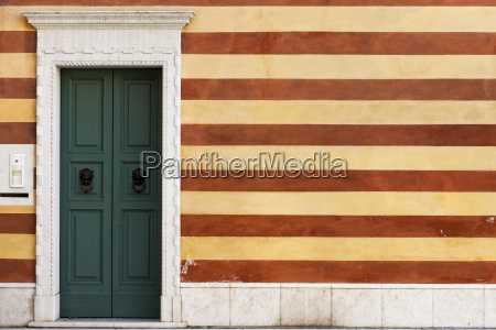 italia bardolino muro di casa e