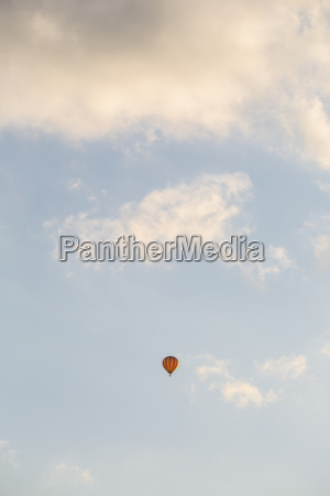 volo nuvola luce del sole brandeburgo