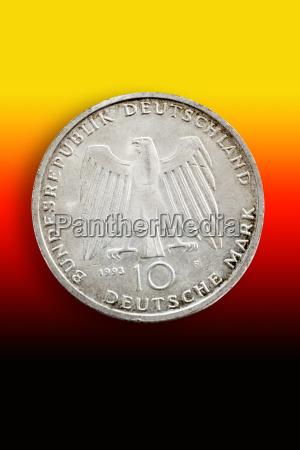 moneta dorato forma cerchio finanza tedesco