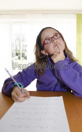 scrivere educazione guardare osservare tipografia occhiali