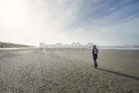 nuvola riva del mare spiaggia allaperto