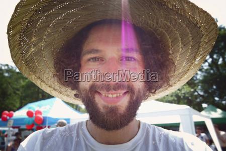 ritratto allaperto barba raggio di sole