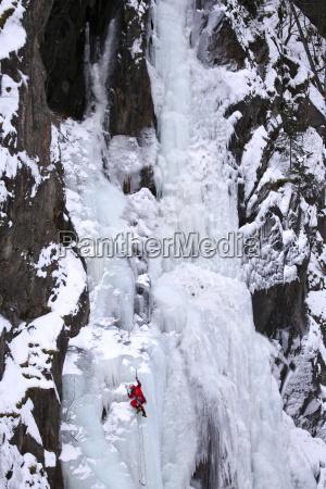 norvegia telemark rjukan scalatore di ghiaccio