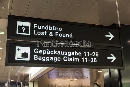 scrivere viaggio viaggiare grafico nero svizzera