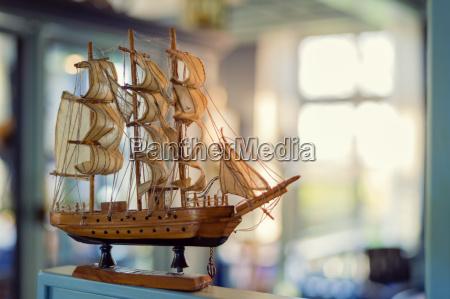 finestra legno germania veliero barca a