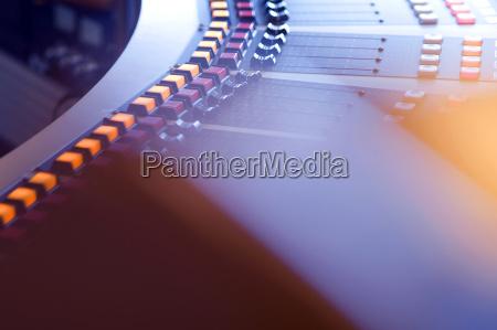 musica suono studio germania sfocato pulsante