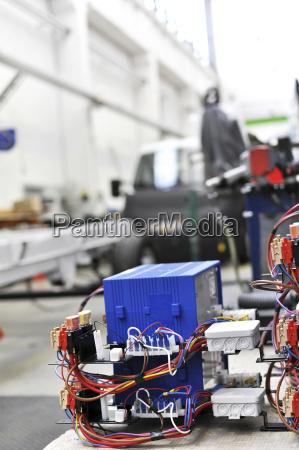 componente elettronico in una fabbrica di