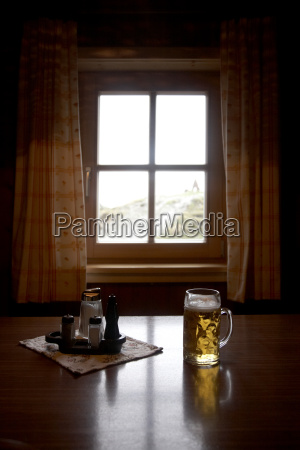 bere finestra riflesso austria ristoro freschezza