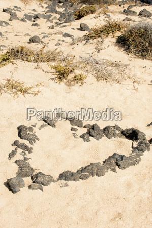 viaggio viaggiare pietra sasso riva del