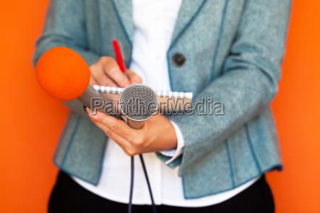 journalist news conferencejournalism